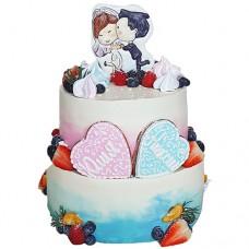 Свадебный торт с ягодами и пряниками