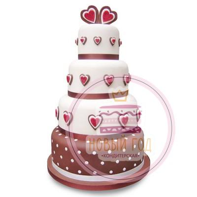 Торт, украшенный сердцами