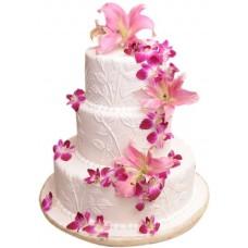 Торт с розовыми лилиями и орхидеями