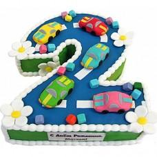 Торт в виде цифры 2 с машинками