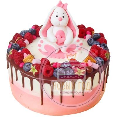 Кремовый торт для девочки с ягодами