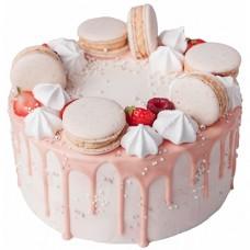 Розовый торт с макаронс и подтеками глазури