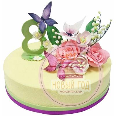Торт на 8 марта с розами и бабочками