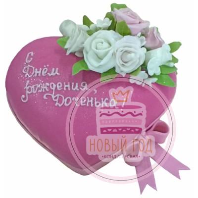 Торт-сердце с розами