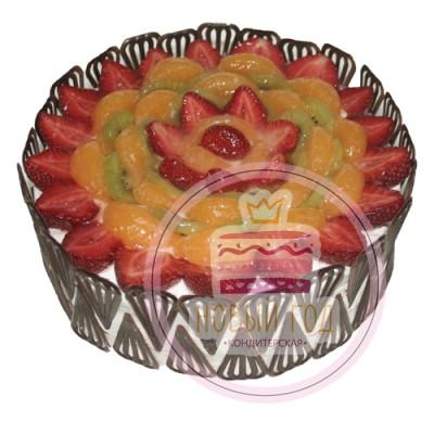 Торт «Крымский вечер» с фруктами и ягодами