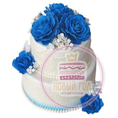 Свадебный торт с синими розами