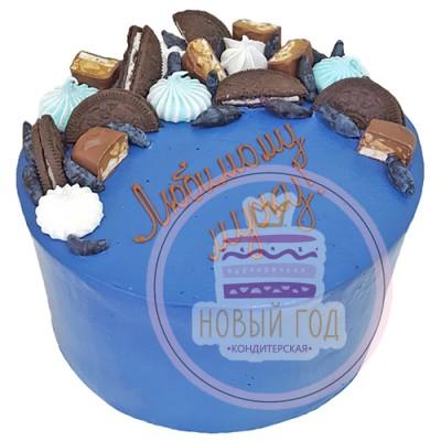 Кремовый торт со сладостями для мужа
