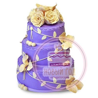 Фиолетовый торт с желтыми розами