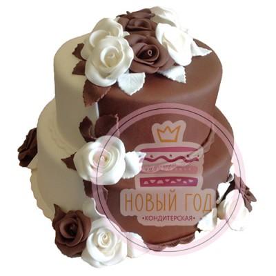 Бело-коричневый свадебный торт