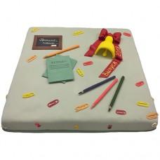 Торт на выпускной с канцелярскими принадлежностями