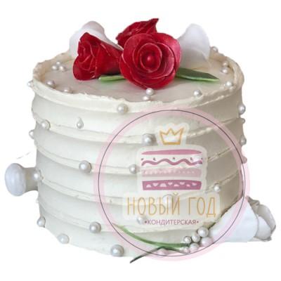 Свадебный торт с кремовыми полосами
