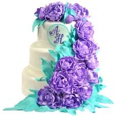Свадебный торт с сиреневыми пионами