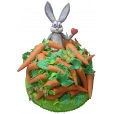Торт с зайцем и морковкой