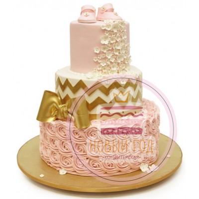 Торт с пинетками и бантом