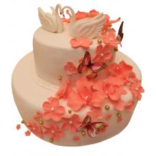 Торт с лебедями и шлейфом орхидей