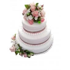 Торт с композицией розовых цветов