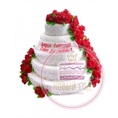 Торт со шлейфом красных роз