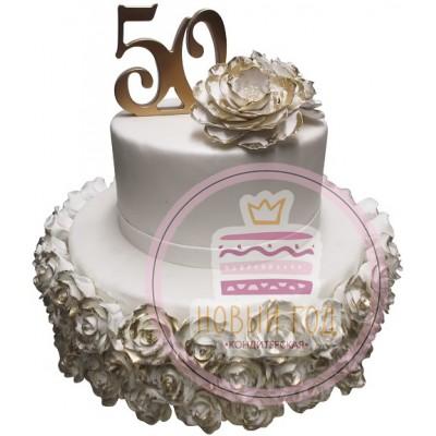 Торт на 50 лет с белыми розами