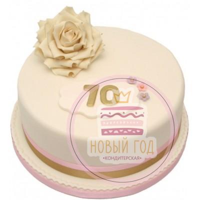 Торт на 70-летие с розой